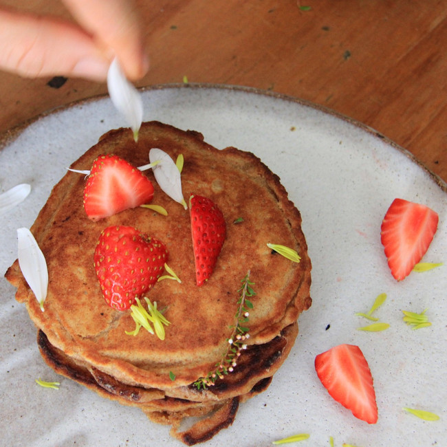 Maca and Vanilla Pancakes