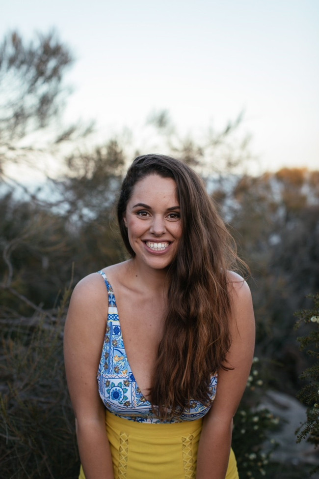 Loving Yourself Healthy with Hollie Azzopardi