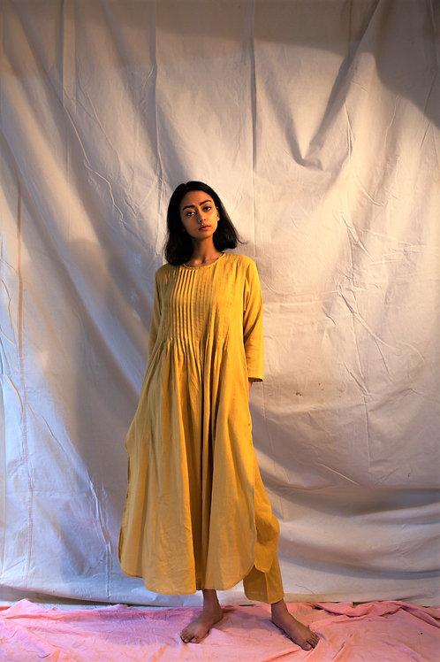Mustard tuck