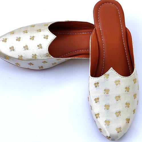 White golden slipper