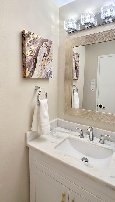 Bathroomjpg.jpg