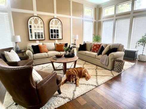Yellow Rose Design Cozy Living room