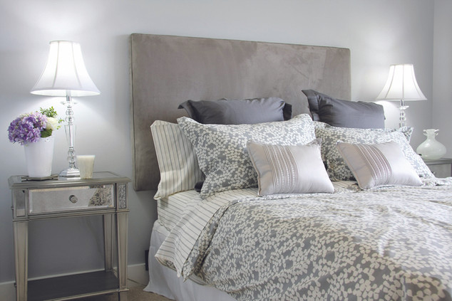 shutterstock_10755124_Bedroom_Gray_Pint_