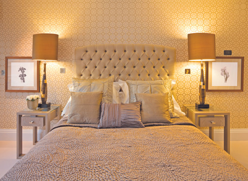 iStock_000012919933_Bedroom_Cream_Fabric