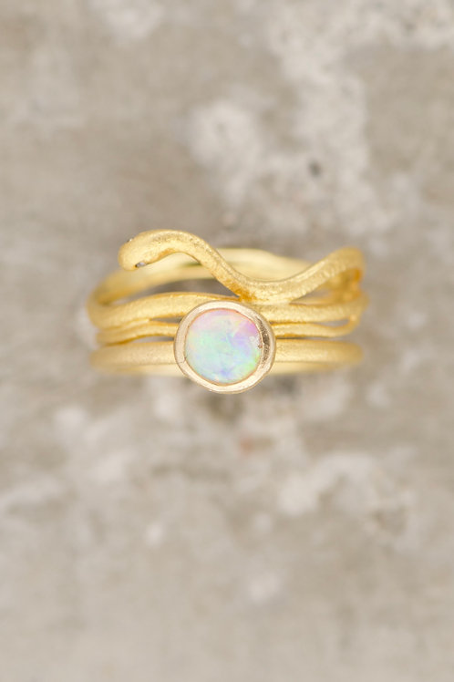 OPAL SOFT WITH SNAKE RING