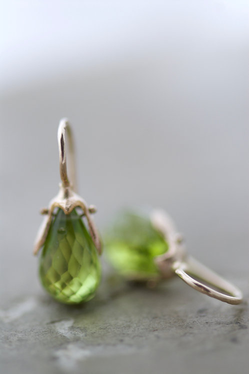 Earrings Ghe with Peridot