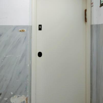 יוסי מירושלים חיפש פתרון להוריו החרדים, הוא רצה דלת שתופעל ללא מפתח ותינעל לבד