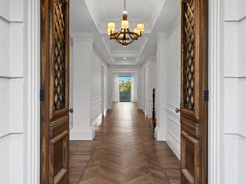 8V_custom_Luxury_home_Glen_iris