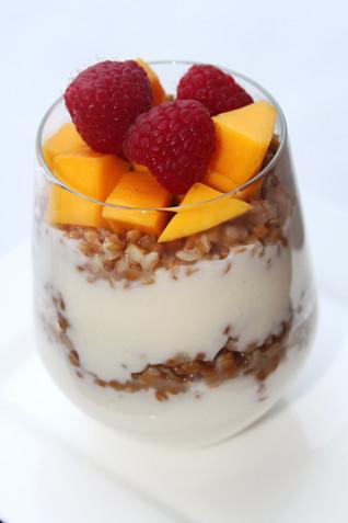 Simple Raw Yogurt