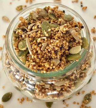 Quinoa Breakfast Crunch