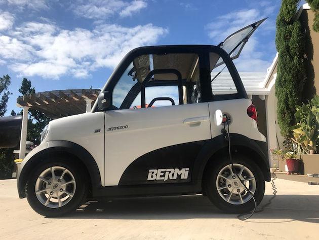 Bermuda Car Rental >> Sunbathing Posing And Drinking Juice Car Rental Bermuda