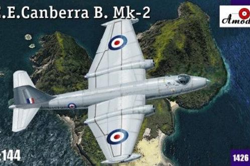 Amodel - EE Canberra B. Mk.2 1/144