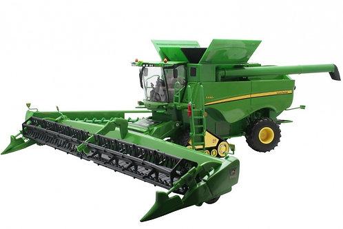 Britains - John Deere S690 Tracked Combine Harvester 1/32