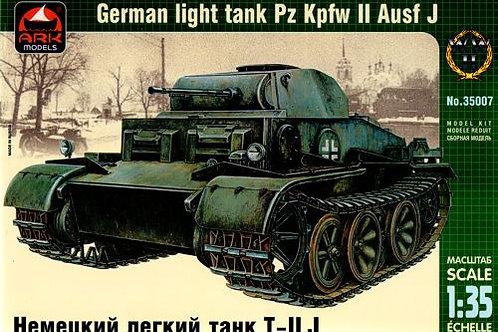 Ark Models - German Light Tank Pz.Kpfw.II Ausf.J 1/35