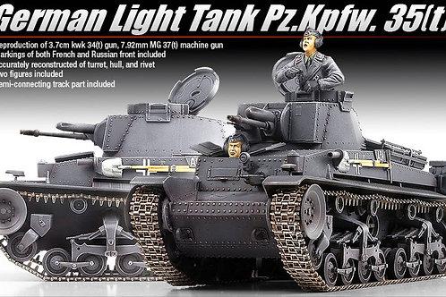 Academy - German Light Tank Pz.Kpfw.35(t) 1/35