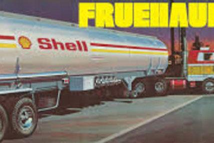AMT - Shell Fruehauf Tanker Trailer 1/25