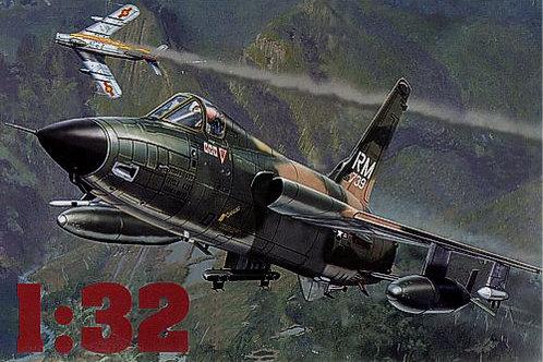 Hobbycraft - Republic F-105D MiG Master 1/32
