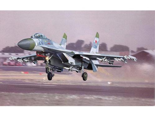 Trumpeter - Sukhoi Su-27 Flanker B 1/32