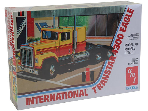 AMT - International Transtar 4300 Eagle 1/25