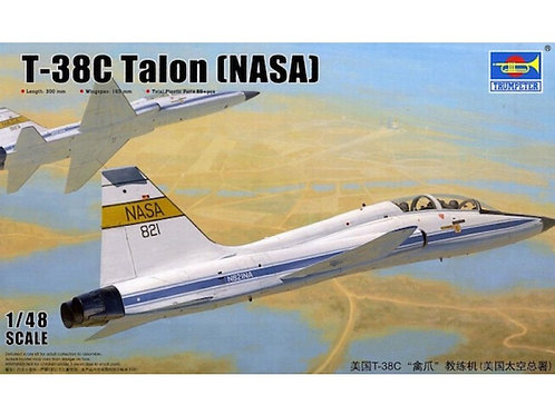 Trumpeter - Northrop T-38C Talon (NASA) 1/48