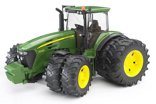 Bruder 03052 - John Deere 7930 Tractor 1/16