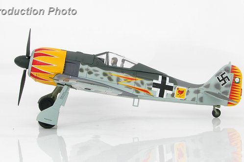 Hobby Master - FW 190A-4 W. Nr. 634, Major Hermann Graf JG 2 1/48