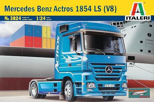 Italeri - Mercedes-Benz Actros 1854 LS V8 1/24