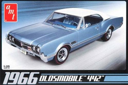 AMT - 1966 Oldsmobile 442 1/25