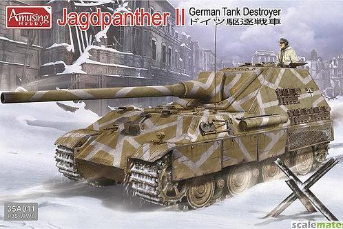 Amusing Hobby - German Tank Destroyer Jagdpanther II 1/35