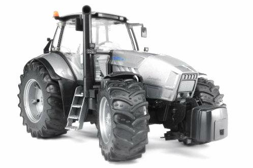 Bruder 03084 - Tractor Lamborghini R8.270 DCR 1/16