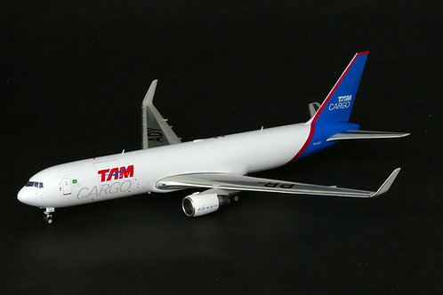 JC Wings - TAM Cargo B767-300F PR-ADY with stand 1/200