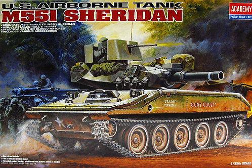 Academy - M551 Sheridan US Airborne Tank 1/35