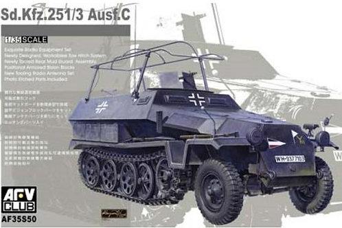 AFV Club - Sd.Kfz.251/3 Ausf.C Funkpanzerwagen