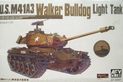 AFV Club - M41A3 Walker Bulldog Light Tank 1/35