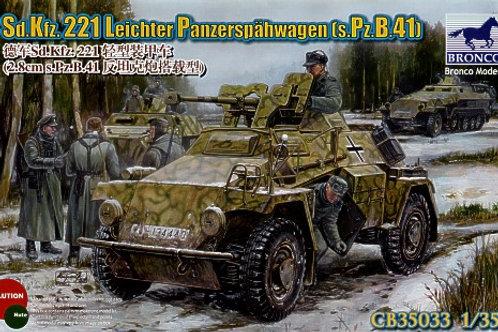Bronco - Sd.Kfz.221 Leichter Panzerspähwagen 1/35
