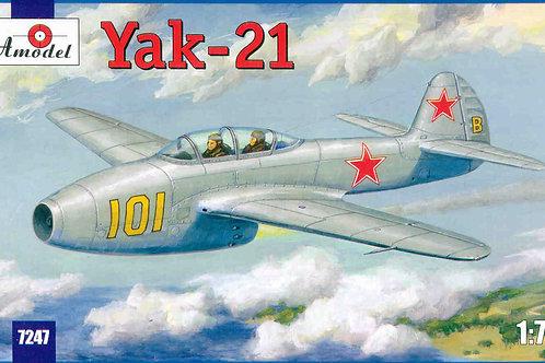 Amodel - Yakovlev Yak-21 1/72