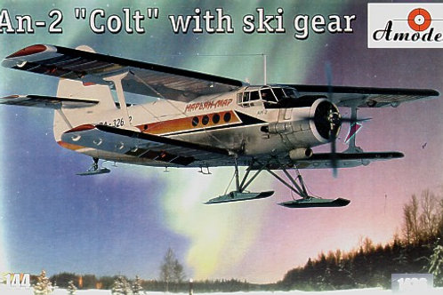 Amodel - Antonov An-2 Colt with Ski Gear 1/144
