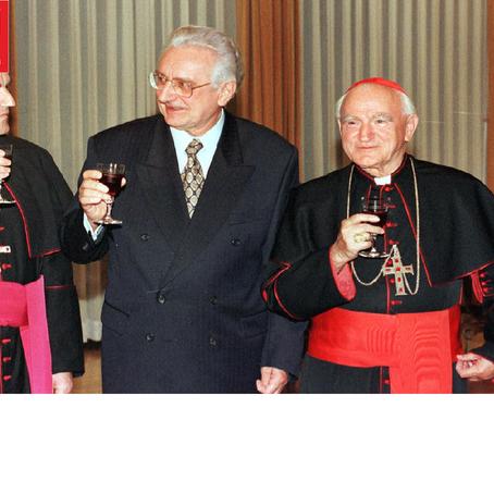 Večernji list o knjizi M. Akmadže o kardinalu Kuhariću