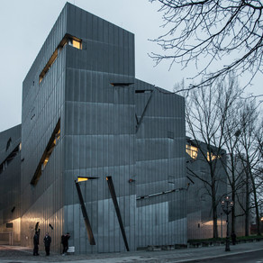 Jewish Museum in Berlin designed to disorient and create anxiety to visitors