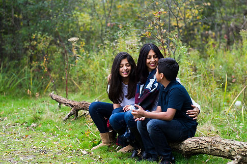 Family Session - Outdoor 2 (7 of 24).jpg