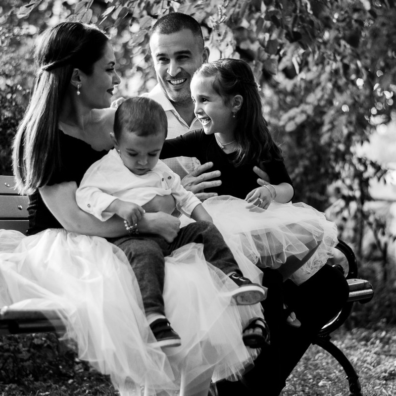 Family Session - Outdoor 3 (8 of 28).jpg