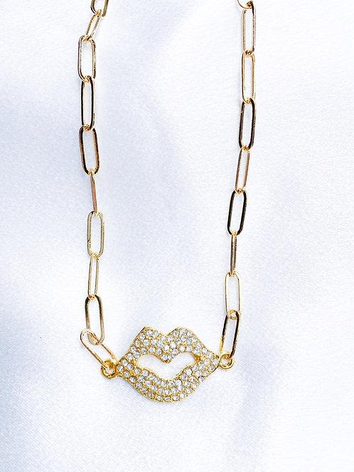 Smooch Necklace