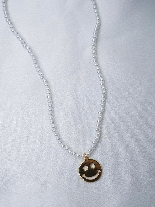 Pearl Gold Smiley Necklace