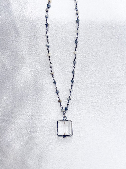 Mixed Gray Square Crystal Single