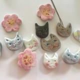 猫の表情はその時の気分で全く違う顔になっちゃうのよね。実元に帰るたびに叔母の陶芸窯を借りて制作しています。