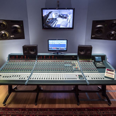 Medusa Studio takes delivery of Genesys G80