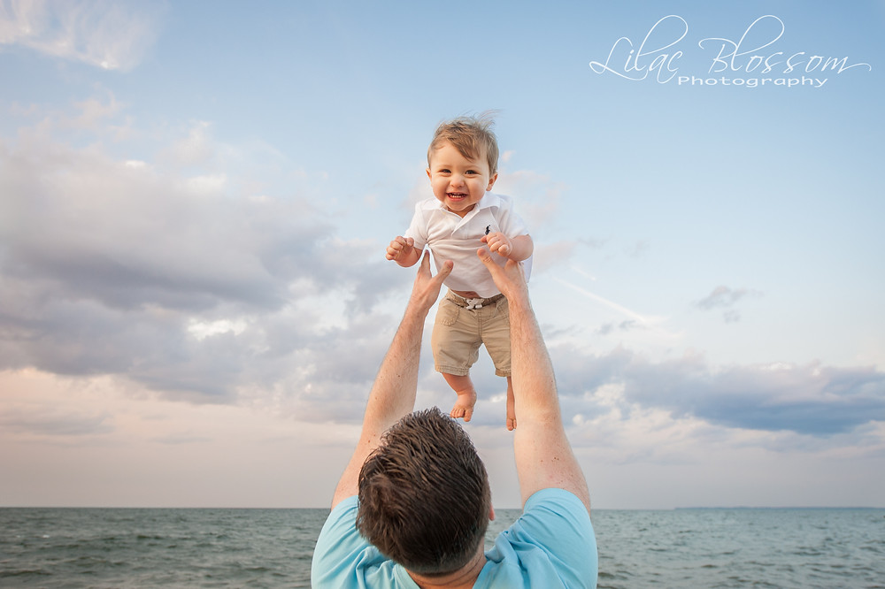 family beach session on Long Island
