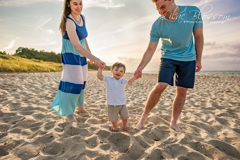 family beach session on Long Island