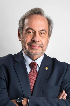 Carlos Mineiro Aires