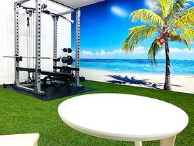 ハワイのようなトレーニングルーム